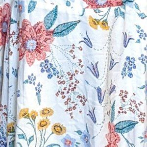 Old Navy Dresses - Old Navy White Floral Sundress sz XL/ TG